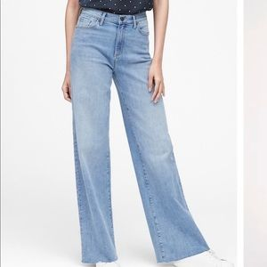 BR High-rise Wide Legged Denim